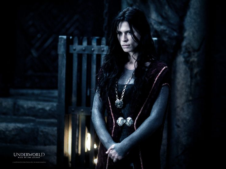 Rhona Mitra in Underworld: Rise of the Lycans (2009)
