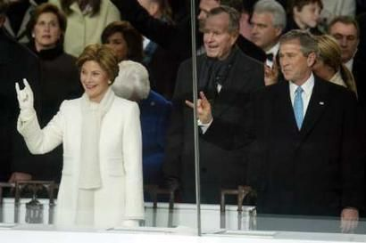 bush and his evil clan giving us the fingers