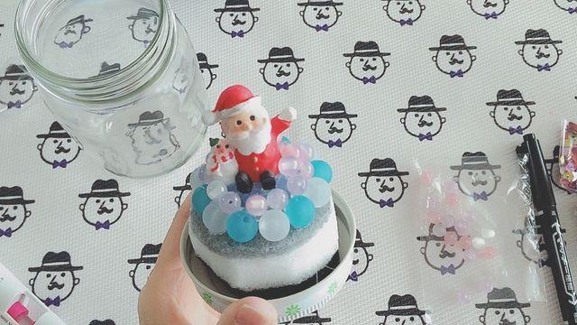 実は簡単に作れるスノードーム。身近な素材を使ってプチプラDIYが可能です。手作りスノードームでクリスマス気分をさらに高めちゃおう!