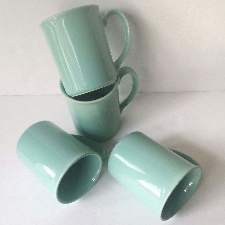 vintage Corning blue coffee mugs, set of 4 blue lily cups, robin's egg blue drinking mugs, vintage hostess gift ideas, retro gift for friend - pinned by pin4etsy.com