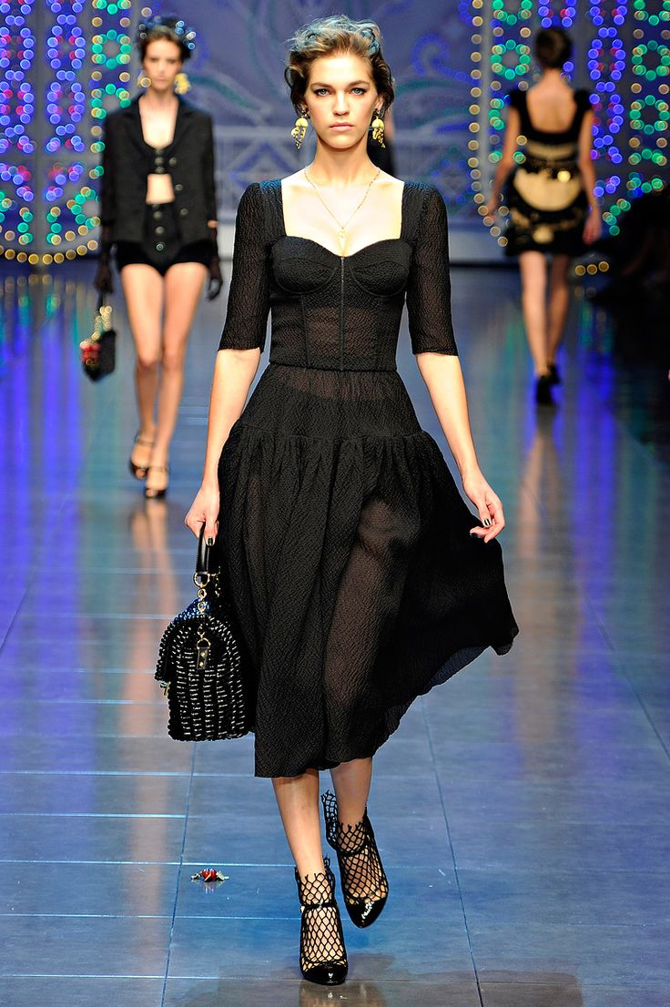 63 Best Runway Shows: Dolce And Gabbana Images On