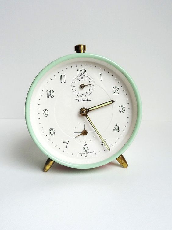 Vintage Alarm Clock Mint German Mid Century, antiquissimo
