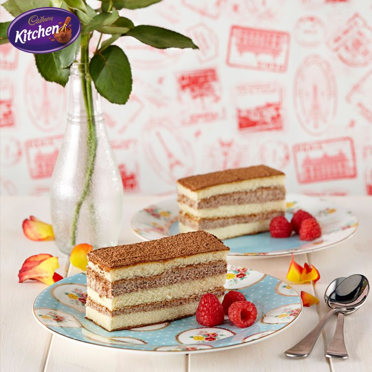 Hands up if you love Everyday Gourmet! I'll be whipping up this #Tiramisu #Cake with Justine Schofield, 4pm on Channel 10 today. Don't miss it! #dessert #baking  To view the #CADBURY product featured in this recipe visit: https://www.cadburykitchen.com.au/products/view/baking-block/