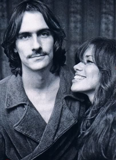James Taylor an Carly Simon. Folk singers beginning in the 70's. The we're married for ten years; their two children Ben and Sally Taylor both have established musical careers.