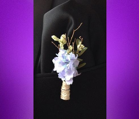 Boutonnieres for bridegrooms, by Morca Damatlar için yakaçiçeği, Morca