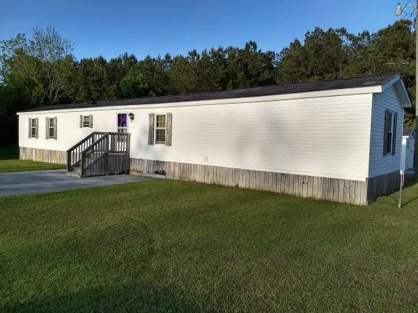 7 Beautiful Bargain Mobile Homes For Less Than 30k In 2020 Mobile Home Skirting Mobile Home Exteriors Mobile Home Cost