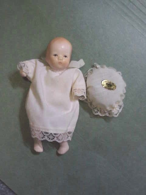 """Miniature Porcelain Bisque Baby Doll Russ Berrie 4.5"""" Dollhouse Doll, Label"""