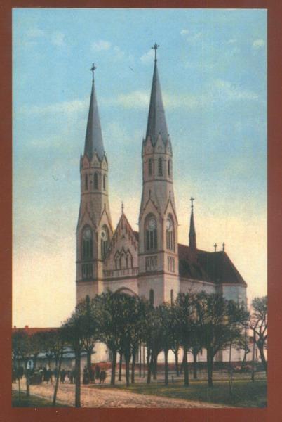 Timisoara - 1916, Piaţa Nicolae Bălcescu, în trecut Piaţa Lahovary, cu Biserica Romano-Catolică. Biserica a fost construită între 1912-1919