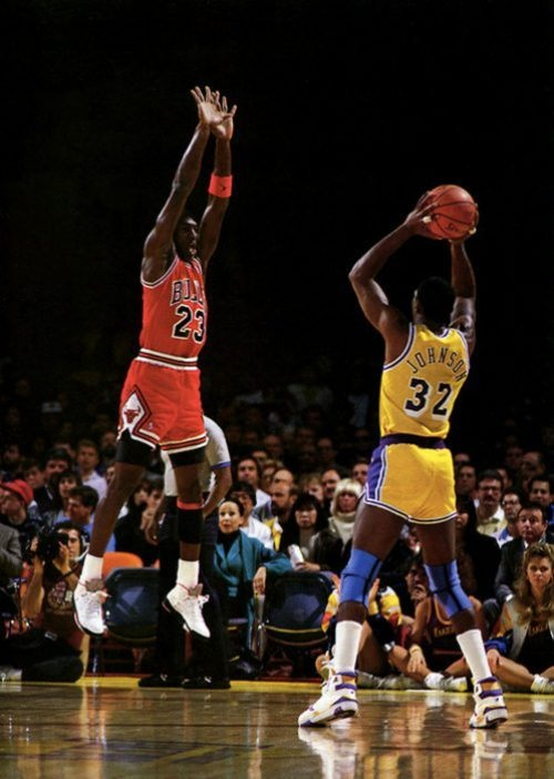 an analysis of micheal jordan Free essay: stemming away from jordan personally, it also touches on how the expansion of nike created issues with regard to race by way of cultural and.