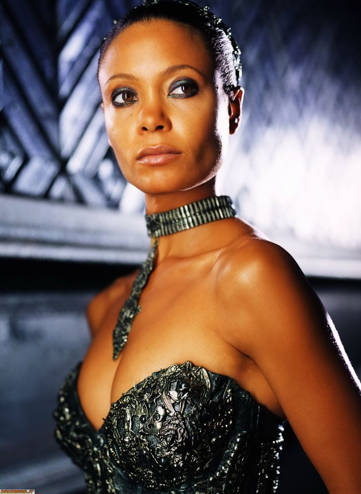 Dame Vaako (Chronicles of Riddick)Thandie Newton