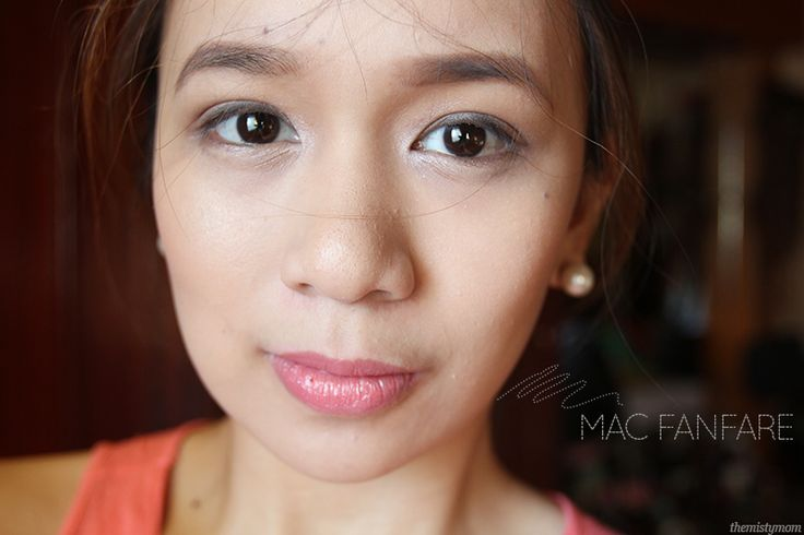 MAC Fanfare Lipstick - THE MISTY MOM