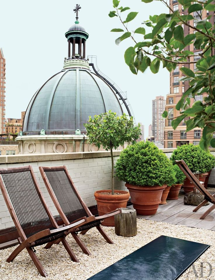 A petite terrace in New York City: Penthouses Apartment, New York Cities, Baptist Church, Roof Terraces, Antiques Dealer, Cities Terraces, Outdoor Spaces, Architecture Digest, Popular Pin