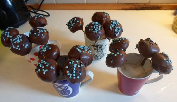 Cakepops with orange