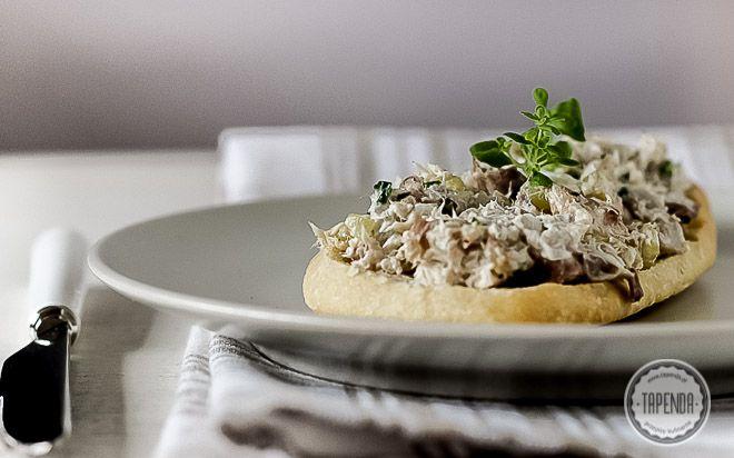 Pasta z makreli z kiszonym ogórkiem - przepis - Tapenda.pl