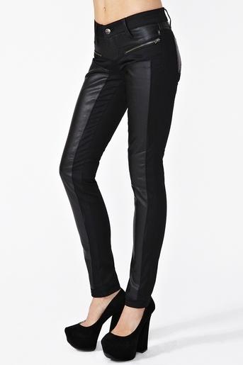 Dragon Moto Jeans: Black Skinny, Jeans Style, Dragon Moto, Nasty Gal, Leather Pants, Beautiful Beaches, Jeans 7800, Moto Jeans, Black Pants