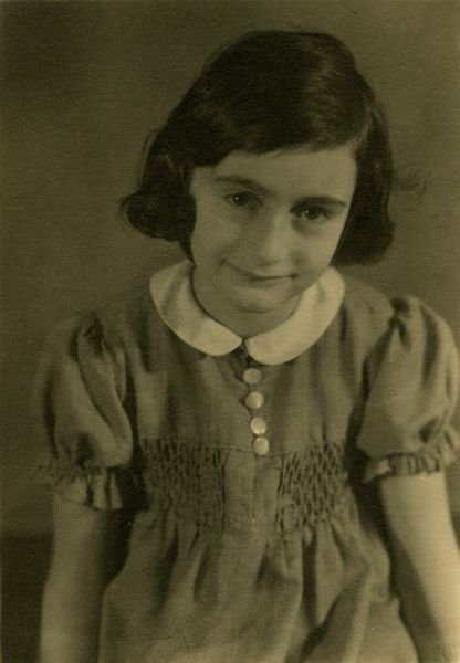 Anne Frank - the photos are probably from 1936