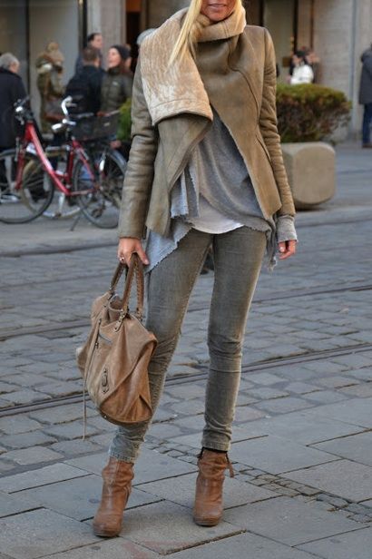 those awesome layered tops and that bag. of course,. I'd want to wear this with a maxi.