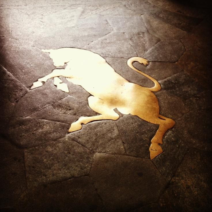 Pesta il toro che ti porta fortuna!!! #lamiatorino