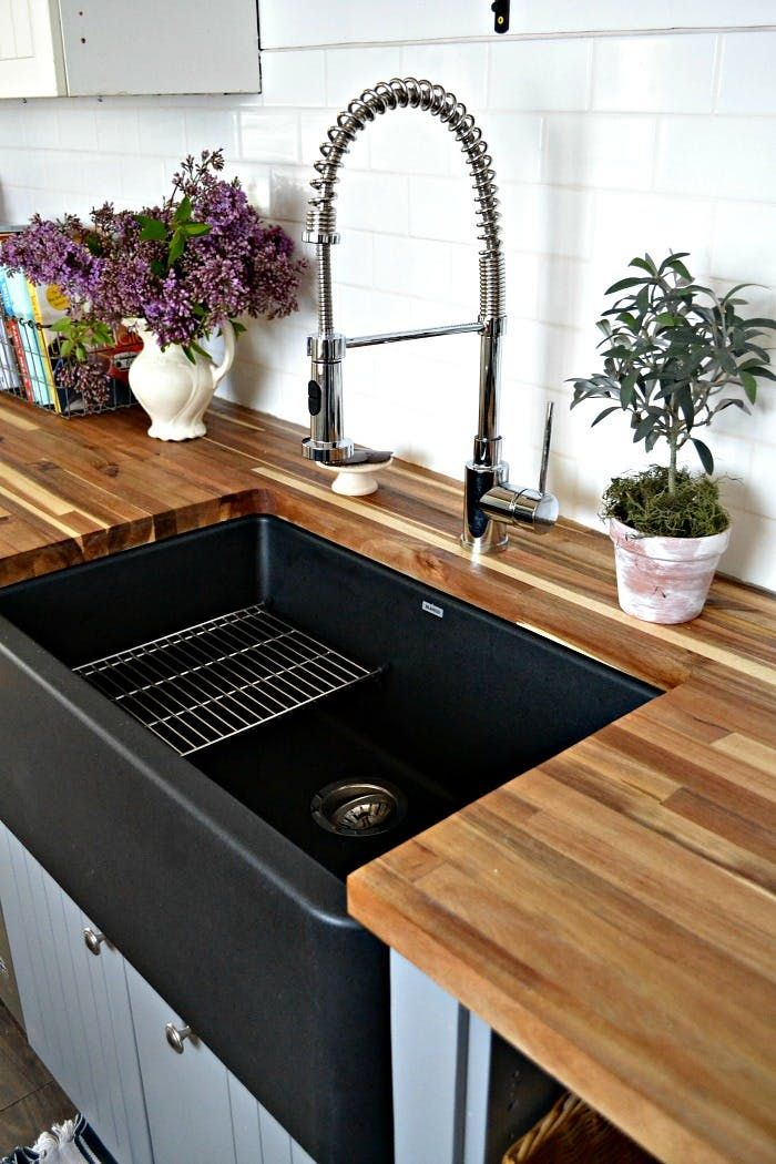 In Praise of the Little Black Sink Farmhouse Style