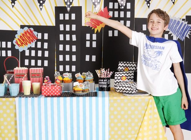 Party time! Throw a super-cool superhero party with these free templates.