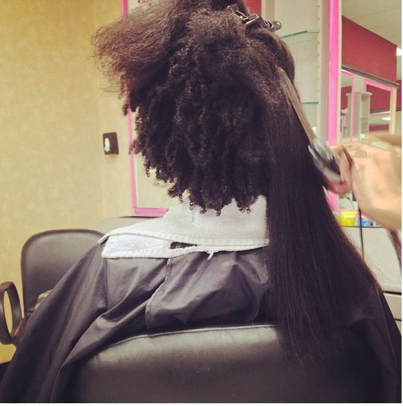Shrinkage Never Ceases To Amaze Us- 11 Pictures Of Natural Hair Shrinkage That Will Blow Your Mind [Gallery] Read the article here - http://www.blackhairinformation.com/general-articles/playlists/shrinkage-never-ceases-amaze-us-11-pictures-natural-hair-shrinkage-will-blow-mind-gallery/