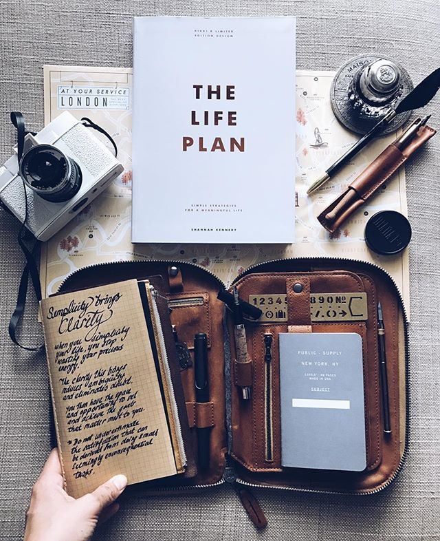 """""""Do not underestimate the satisfaction that can be derived from doing seemingly inconsequential tasks."""" Extracted from the best book I bought this year, The Life Plan """"Simple strategies for a meaningful life."""" By Shannah Kennedy.  @kikki.k"""