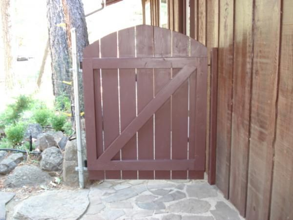 Building A Wooden Garden Gate Doityourself Com Community