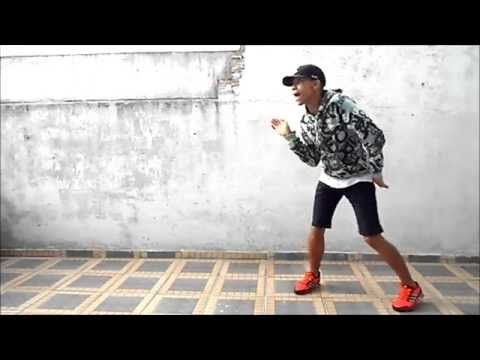 ▶ MC Dadinho - Lança o Passinho do Romano (Fezinho Patatyy) (DJ Dn de Caxias) - YouTube
