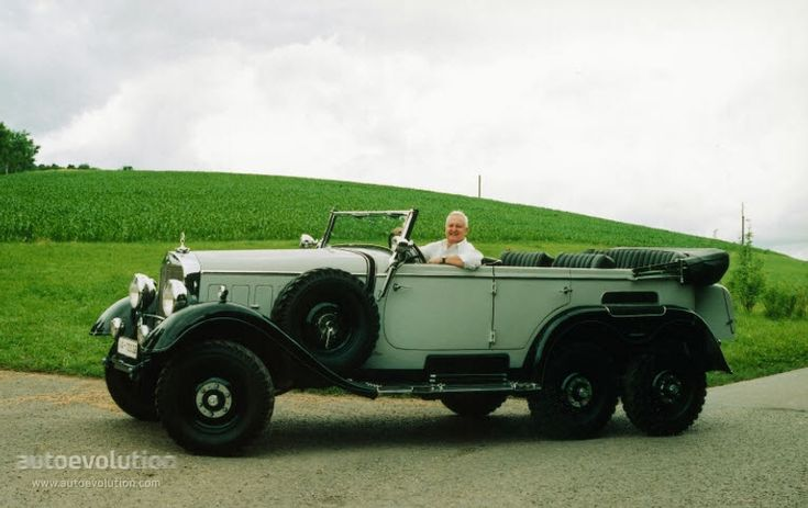 106 best 1938 mercedes benz wehrmacht military staff car for Mercedes benz of hanover staff