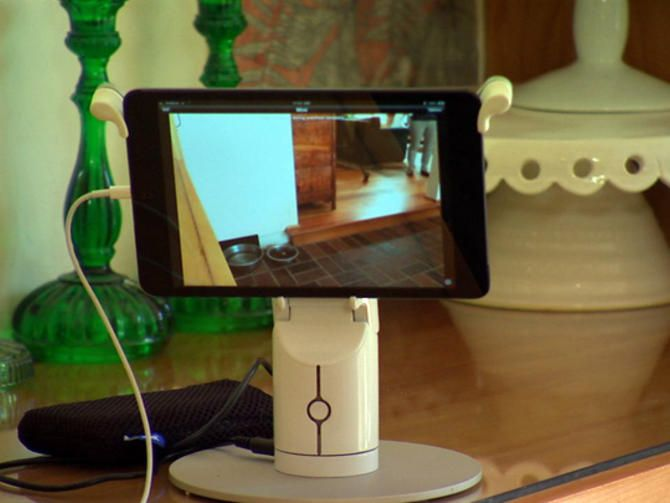 App turns old iPhones, iPads into a home security system