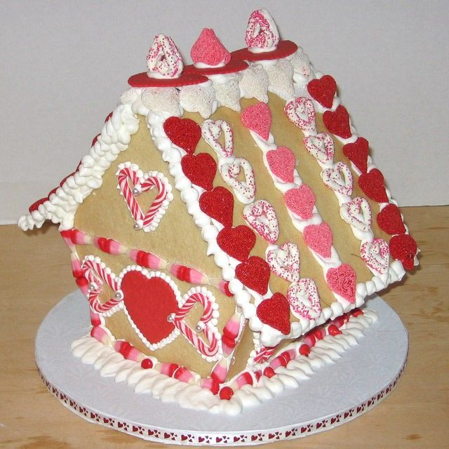 "A Gallery of Gingerbread House Pictures: 2009 Valentine's Day Sugar Cookie House. ""Gingerbread Tell-All""."