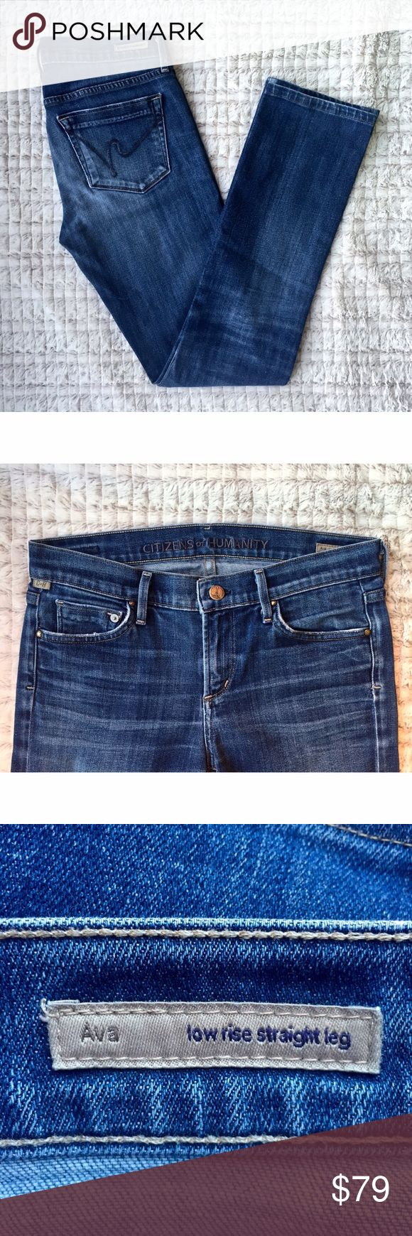 """FLASH SALE Citizens of Humanity Straight Leg Citizens of Humanity Ava Straight Leg Sz 28 98% cotton , 2% polyurethane. 14"""" / 36 cm in the knee and 14"""" / 36 cm at the leg opening. Whiskering along front pockets. Fading along front of pant and back pockets. $195 Citizens of Humanity Jeans Straight Leg"""
