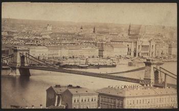 Pesti Duna-part 1865 - Forrás: bpkep.fszek.hu  Blogposzt:  http://emlekezzbudapest.blog.hu/2015/04/26/mikor_van_budapest_szuletesnapja