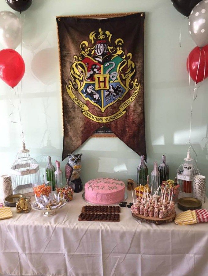 17 Harry Potter Diy Party Ideas That Are Basically Magic Katie Rosario Harry Potter Diy Harry Potter Birthday Party Harry Potter Birthday