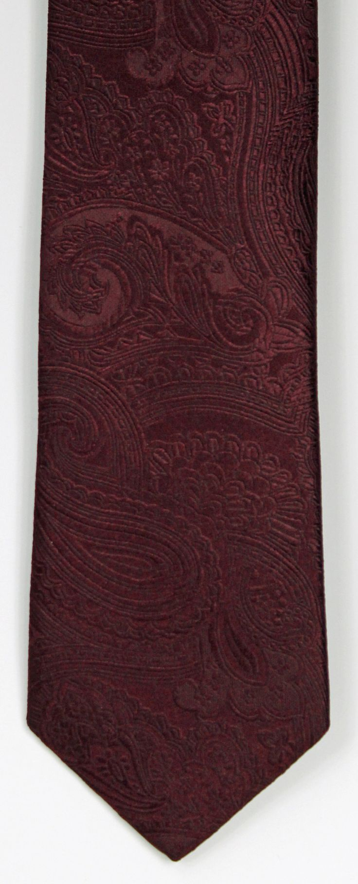 """The Serica collection of """"Hand Made in Italy"""" neckwear is distinctive, sophisticated, and very elegant. Serica uses only the finest Italian silks and craftsmanship in designing its collection of ties"""