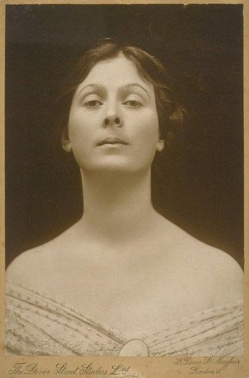 Isadora Duncan. Inventor of American modern dance. Shifted the focus of dance from the stifling emphasis on feet to the soulful, expressive, liberated solar plexus. Made dance more about freedom and emotions and introduced movement inspired by nature, athleticism, and folk dance, among other things. Muse to many artists across many genres.