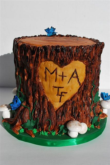 Tree Stump Cake by Twisted Sugar, via Flickr