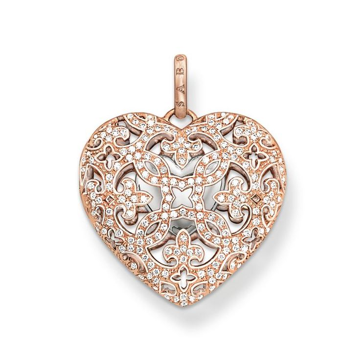The inside of the Heart Locket is home to a small heart made of 925 Sterling silver. #mothersdaygift