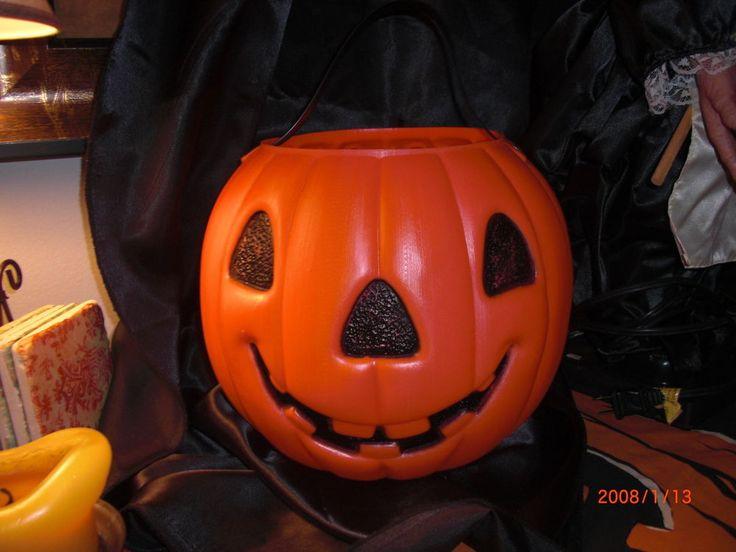 large renzi halloween pumpkin pail candy container plastic blow mold cat rivets - Large Plastic Pumpkins