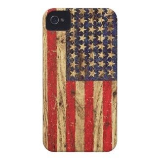 Vintage Patriotic American Flag on Old Wood Grain iPhone 4 Case-Mate Cases