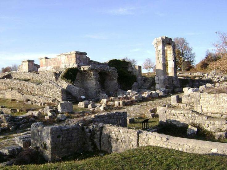 gli scavi di Carsulae a San Gemini