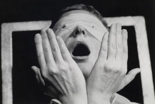 Gina Pane, Action Psyché (Essai) [Action Psyche (Essay)], 1974