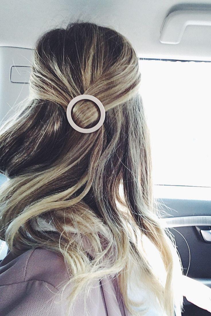 Circle hair clip.