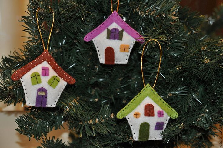 Купить Набор ёлочных игрушек ИЗБУШКИ (комплект 3 шт) - фетр, елочные игрушки