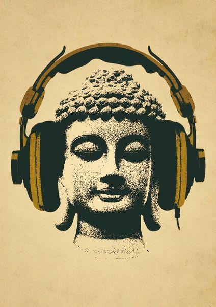 Recebemos a Jóia da Consciência no coração do Lotus. Recebemos a Joia da Consciência Divina no centro do nosso chackra da Coroa. Contém a essência de todo o Conhecimento. O som de cada silaba funciona como uma forma de gerar magnetismo de limpeza de energias negativas – uma purificação – …