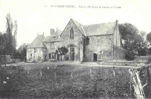 Fontaine Daniel - Maison Abbatiale et Ancienne Entrée (vers 1910)