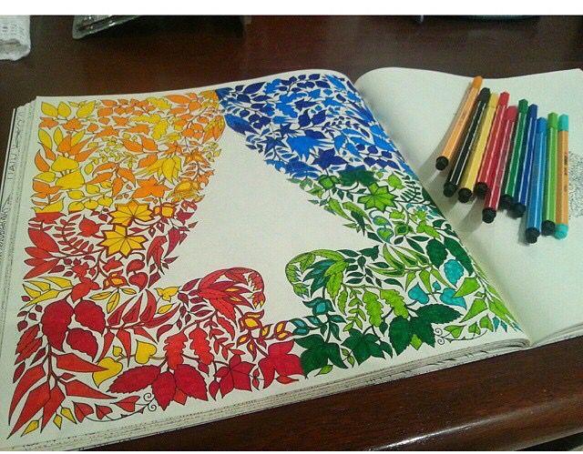 Floresta Encantada Jardim Secreto Pinheiro Vazado ColouringAdult ColoringColoring BooksEnchanted