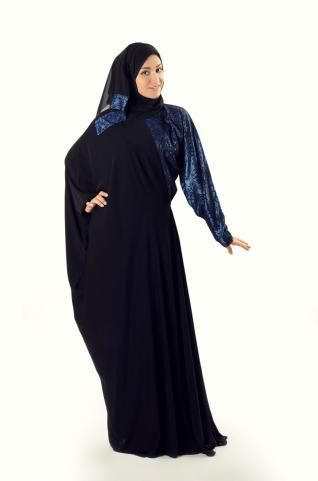 Khaleje Abaya  Modern Islamic fashion just got better with this elegant Emirati abaya. Combining both elements of a flowing dress and a modest abaya, you'll love the way it feels. Modest fashion for the modern Muslimah!