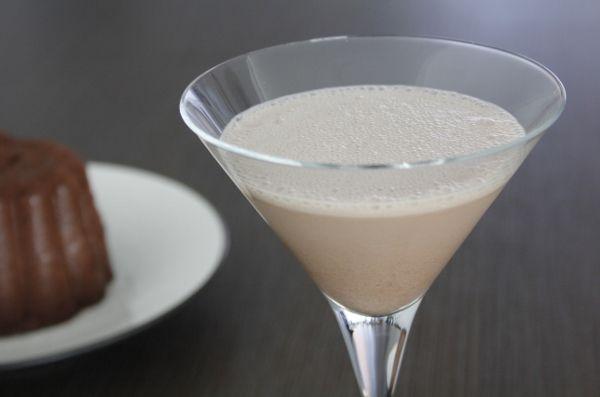 Ben je een fan van chocolade, dan is deze Chocolate Martini iets voor jou! Recept nu op Cocktailicious.nl