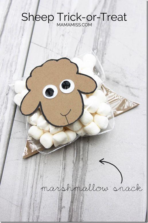 Sheep Trick or Treat (craft, activity, and snack)   @mamamissblog #halloween #bookandcraft #readandplay
